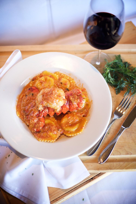 la-famiglia-ristorante-italiano-reno-best-italian-pasta